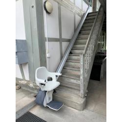 Lift d\'escalier à siège type HomeGlide